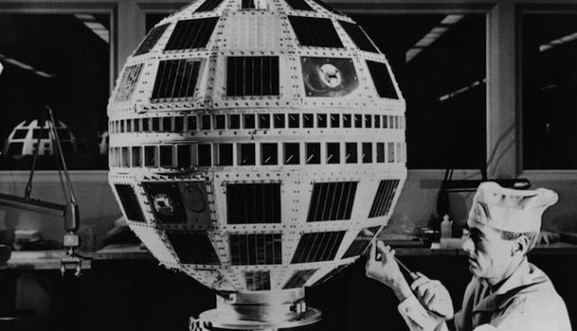 El primer satélite de telecomunicaciones Telstar 1