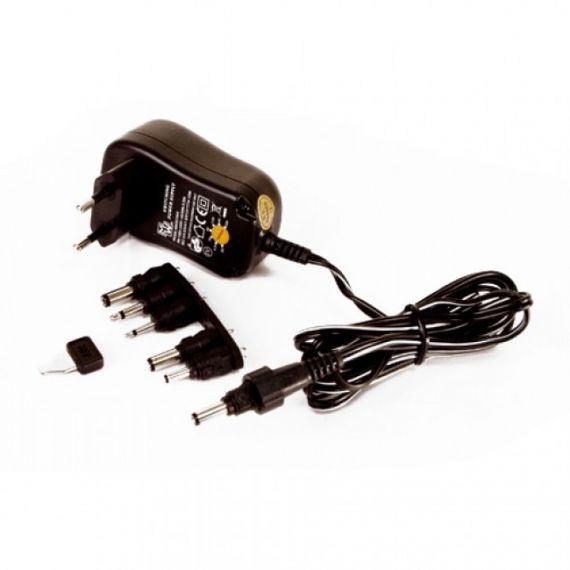 Alimentador con Selector de Voltaje (3-12V) 1500mA Axil